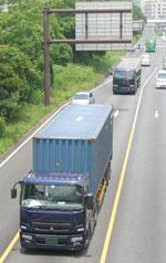 truck2_0613.jpg
