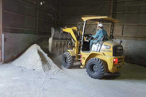 新開運輸倉庫 「改良土」を製造、荷主と信頼関係構築