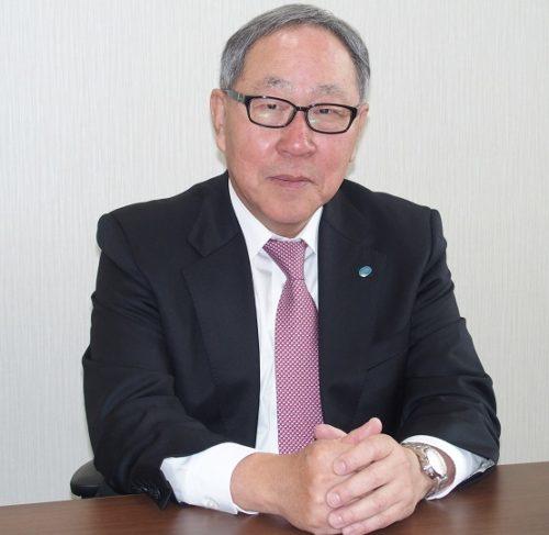 甲西陸運株式会社 甲斐切稔社長