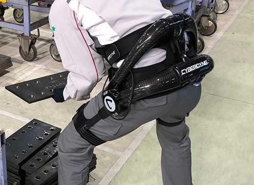 大和ハウス 全国9工場にロボットスーツ導入
