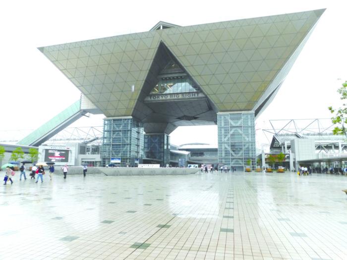 東京オリンピック景気の裏で… 大きな経済損失も