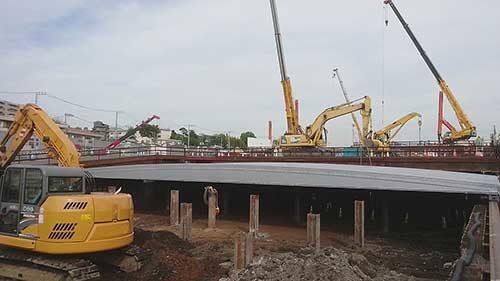アメリカンテント 高速道路建設現場で活用「ニュー武蔵くん」