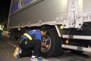 佐川急便 主要高速道路で安全パトロール