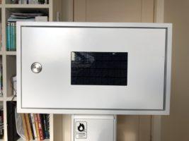 マッシュルーム スマートフォン制御型の宅配ボックス実証実験を実施
