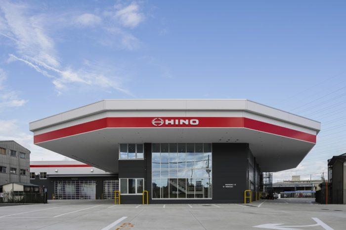 大阪日野自動車 新築移転で北摂支店がオープン