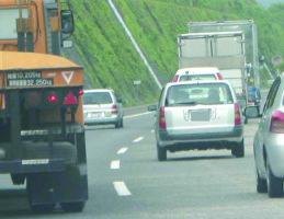 なぜ? 相次ぐ大型車の後輪脱落事故 国交省など注意喚起