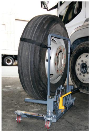 パーマンコーポ トラックタイヤリフター発売、2トン車から大型車まで対応