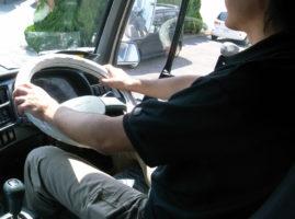 「自動車運転」の有効求人倍率 大都市ほど高い傾向に