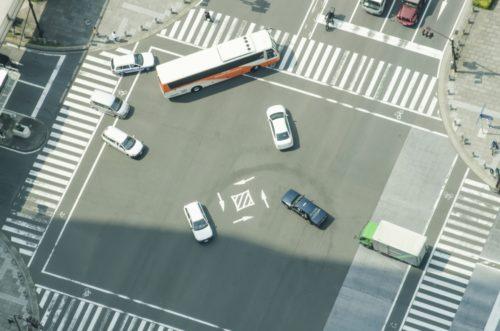 事業用トラック事故件数の現状と高齢化対策