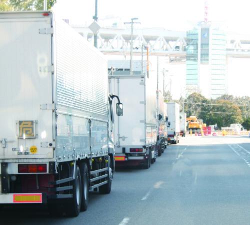 輸送依頼のキャンセル料 荷主負担は当たり前