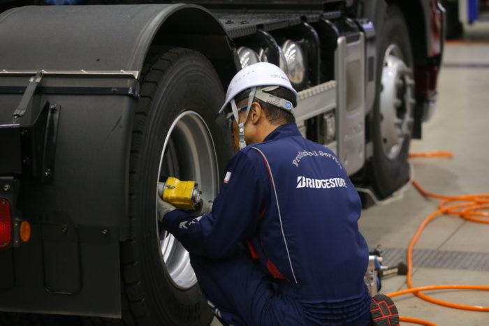 ブリヂストンタイヤジャパン 技能グランプリ全国大会開催