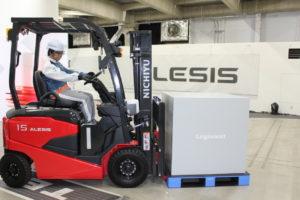 三菱ロジスネクスト 新型バッテリーフォーク「扱いやすく、疲れない」