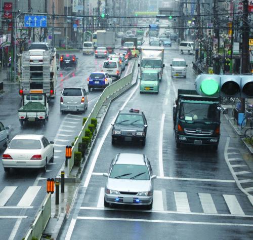 国交省 新たな特殊車両通行制度を創設