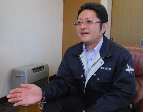聖菱運輸 伴文夫社長 HP開設やスポーツ協賛でイメージアップ図る