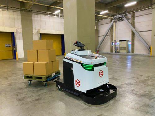 ZMP 屋内外で搬送可能な無人けん引車を発表