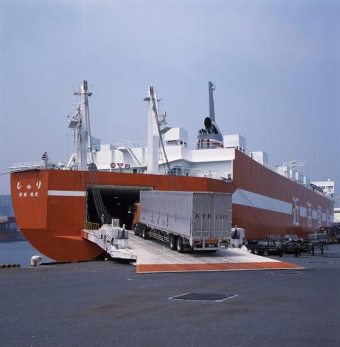近海郵船 敦賀ー博多航路「これまでにない航路」