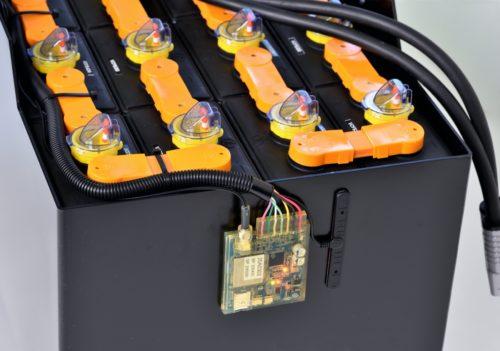 岐阜バッテリー販売とrefactory フォークバッテリーを遠隔監視